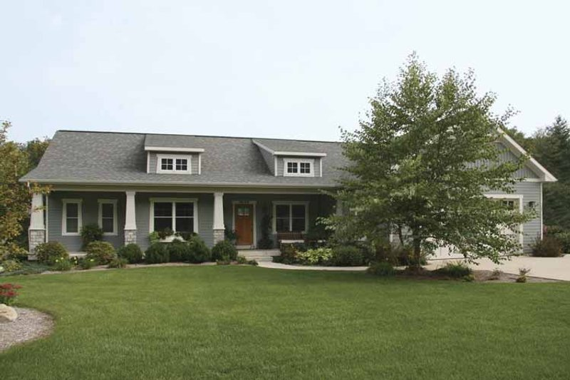 House Plan Design - Craftsman Exterior - Front Elevation Plan #928-144