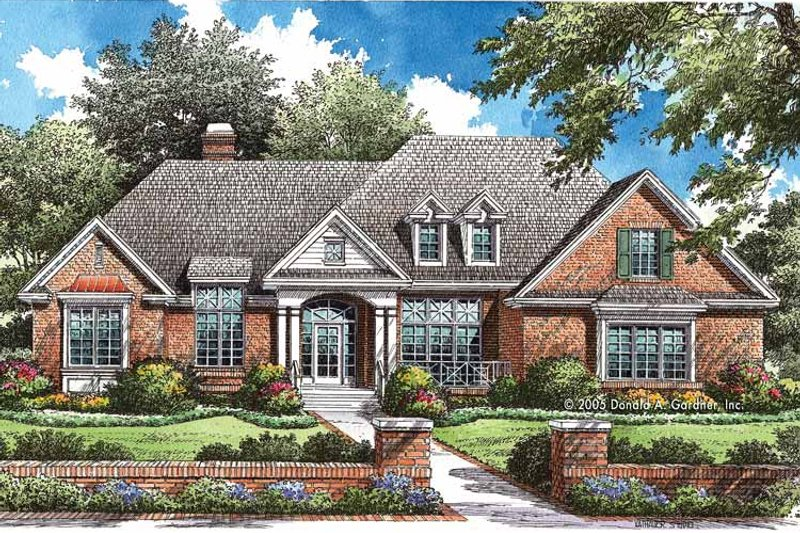 Traditional Exterior - Front Elevation Plan #929-772 - Houseplans.com
