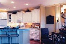 Craftsman Interior - Kitchen Plan #46-655