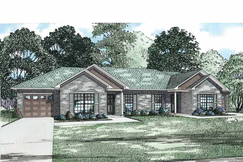 Traditional Exterior - Front Elevation Plan #17-3332 - Houseplans.com
