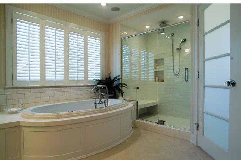 Craftsman Interior - Master Bathroom Plan #928-59 - Houseplans.com