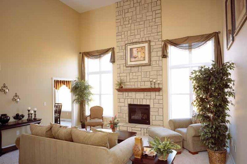 Traditional Interior - Family Room Plan #46-560 - Houseplans.com