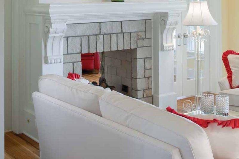 Colonial Interior - Family Room Plan #928-179 - Houseplans.com