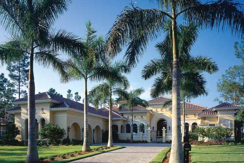 Dream House Plan - Mediterranean Exterior - Front Elevation Plan #930-34