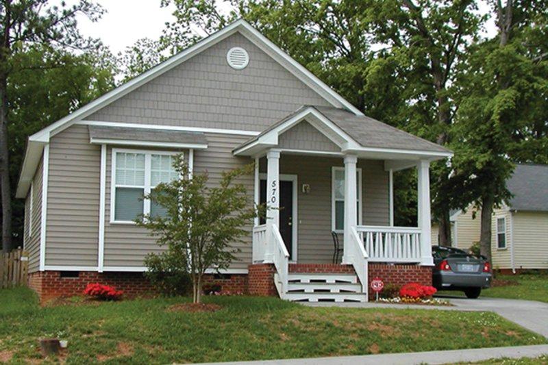 Architectural House Design - Craftsman Exterior - Front Elevation Plan #936-16