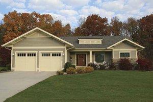 Craftsman Exterior - Front Elevation Plan #928-80