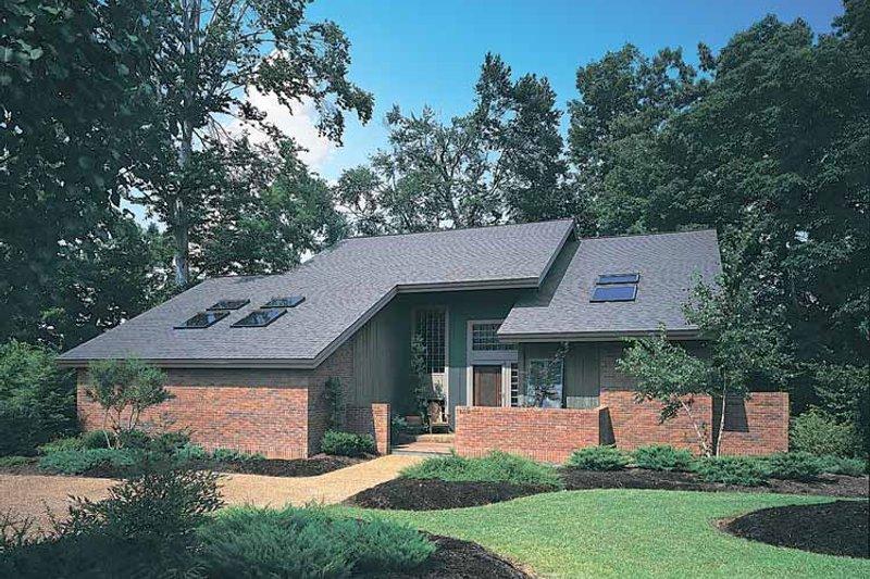House Blueprint - Contemporary Exterior - Front Elevation Plan #72-636