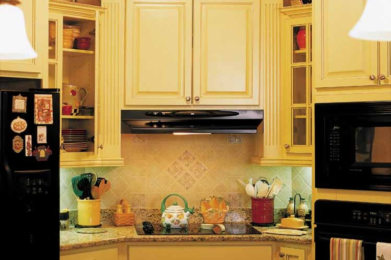 Country Interior - Kitchen Plan #927-781 - Houseplans.com