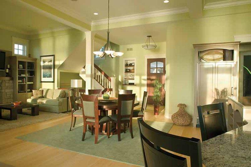 Traditional Interior - Entry Plan #928-95 - Houseplans.com