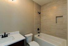 Ranch Interior - Bathroom Plan #70-1458