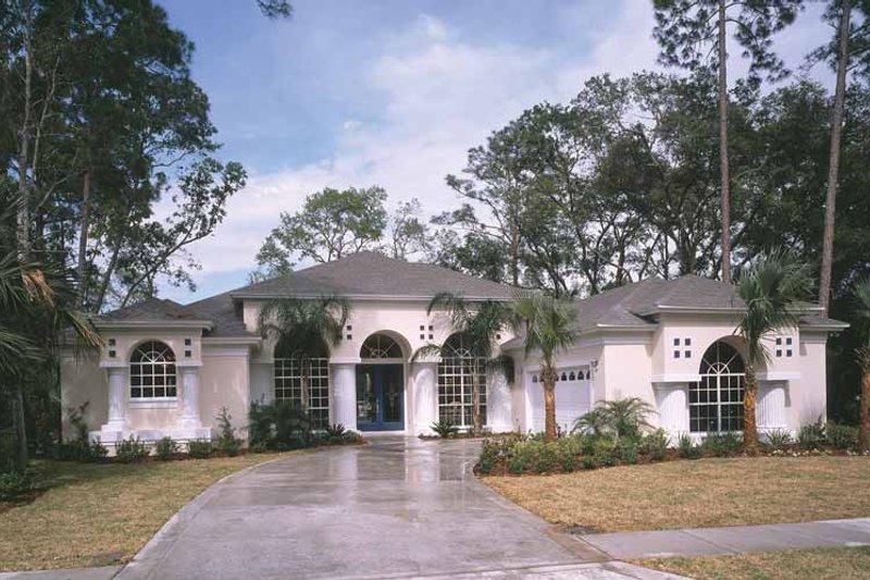 House Plan Design - Mediterranean Exterior - Front Elevation Plan #417-651
