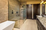 Ranch Style House Plan - 3 Beds 3.5 Baths 2830 Sq/Ft Plan #895-29 Interior - Bathroom