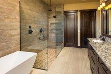Ranch Interior - Bathroom Plan #895-29