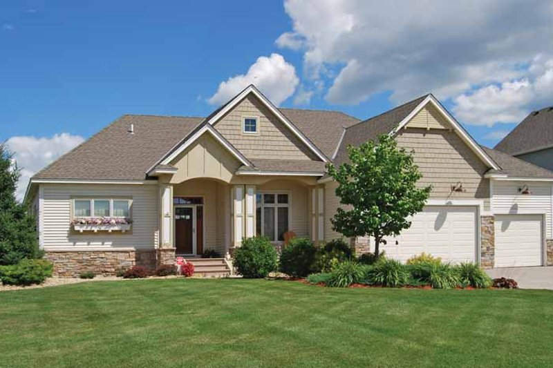 Prairie Exterior - Front Elevation Plan #320-1005 - Houseplans.com