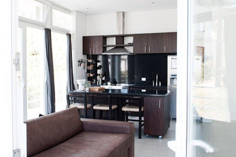 Contemporary Interior - Family Room Plan #64-304 - Houseplans.com