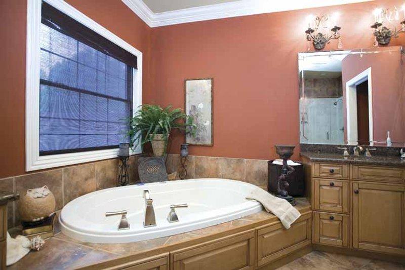 Traditional Interior - Bathroom Plan #17-2775 - Houseplans.com