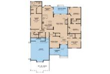 Traditional Floor Plan - Main Floor Plan Plan #923-77
