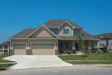 Dream House Plan - Craftsman Exterior - Front Elevation Plan #20-1660
