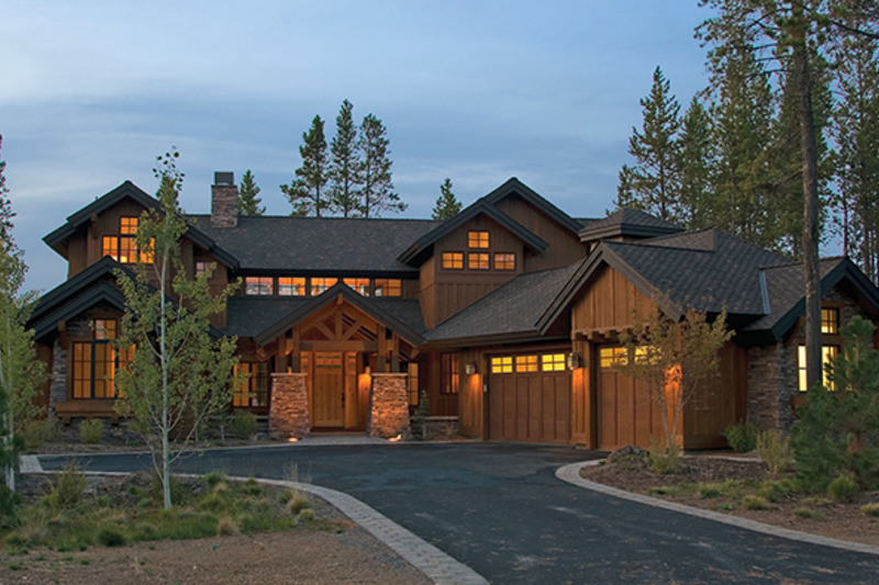 Craftsman Exterior - Front Elevation Plan #892-19