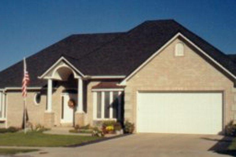 Architectural House Design - European Exterior - Front Elevation Plan #5-133