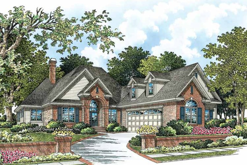 Traditional Style House Plan - 4 Beds 3 Baths 2641 Sq/Ft Plan #929-788 Exterior - Front Elevation