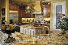 Mediterranean Interior - Kitchen Plan #930-57