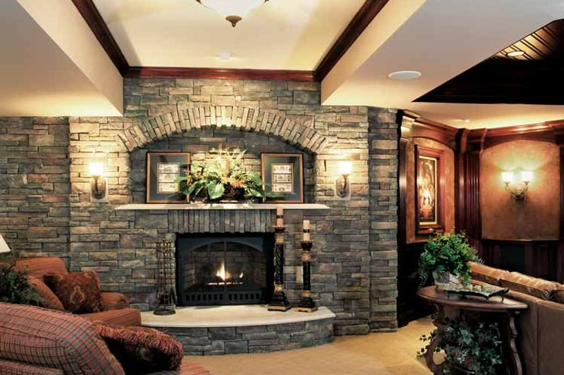 European Interior - Family Room Plan #46-774 - Houseplans.com