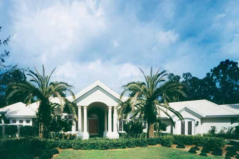 House Plan Design - Mediterranean Exterior - Front Elevation Plan #930-175