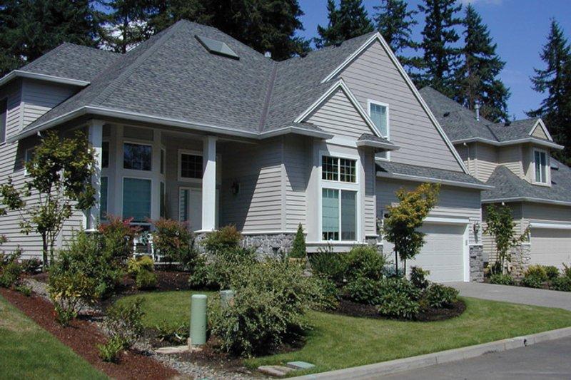 Craftsman Exterior - Front Elevation Plan #48-786