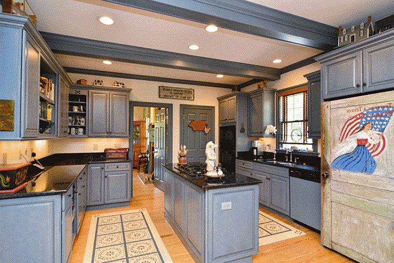 Colonial Interior - Kitchen Plan #137-204 - Houseplans.com