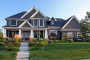 Craftsman Style House Plan - 4 Beds 3.5 Baths 3313 Sq/Ft Plan #51-453 Exterior - Front Elevation