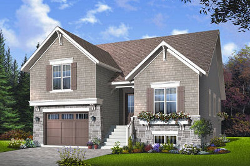 Traditional Exterior - Front Elevation Plan #23-814 - Houseplans.com