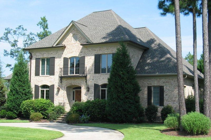 Architectural House Design - European Exterior - Front Elevation Plan #1054-82