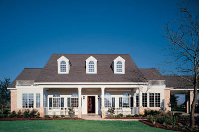 Home Plan - Southern Exterior - Front Elevation Plan #45-173
