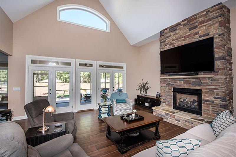 Craftsman Interior - Family Room Plan #929-7 - Houseplans.com