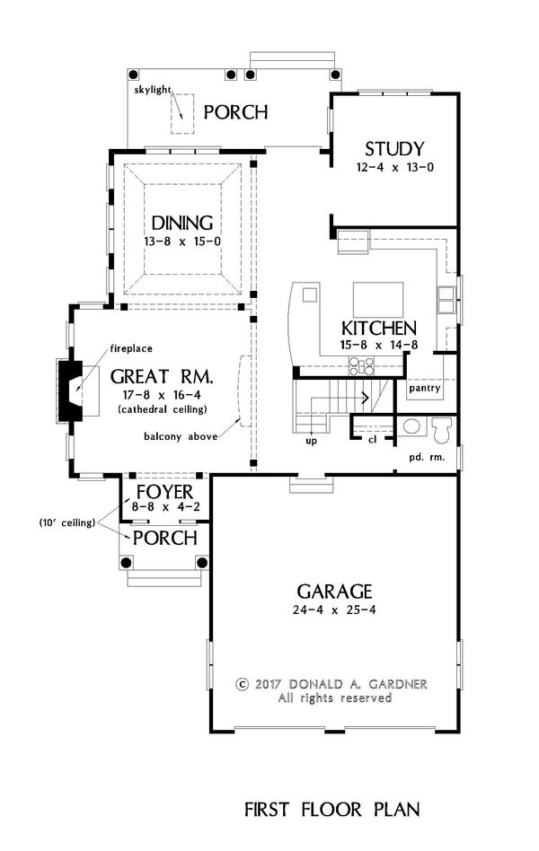 Traditional Floor Plan - Main Floor Plan Plan #929-1045