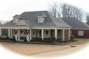 Southern Style House Plan - 3 Beds 2 Baths 2471 Sq/Ft Plan #81-1222 Exterior - Front Elevation