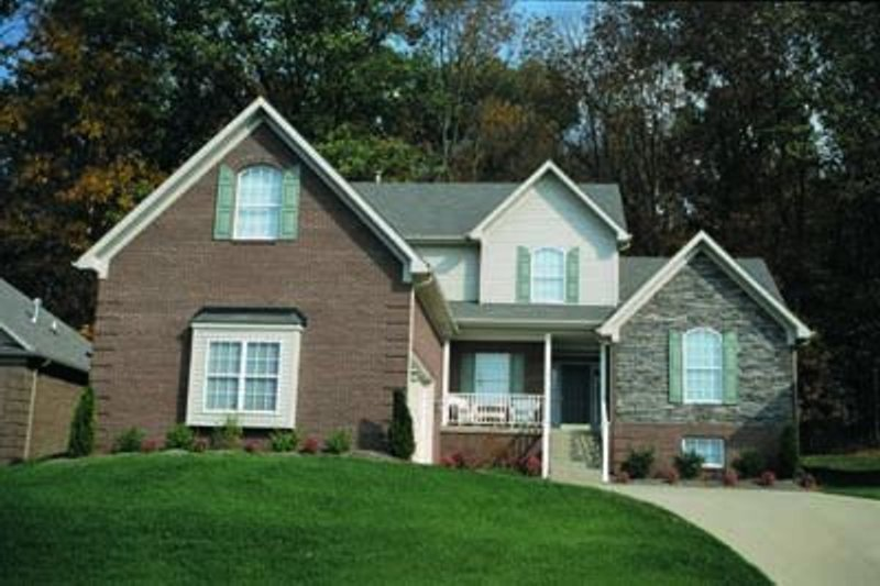 Dream House Plan - Traditional Exterior - Front Elevation Plan #20-523