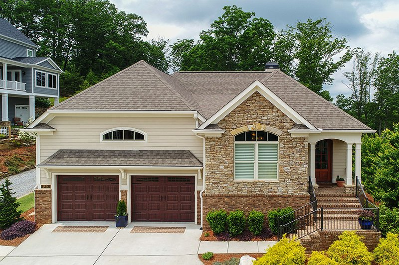 Ranch Style House Plan - 3 Beds 3.5 Baths 2350 Sq/Ft Plan #437-89 Exterior - Front Elevation