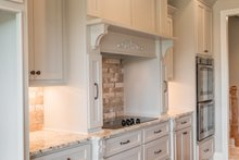 Craftsman Interior - Kitchen Plan #430-152