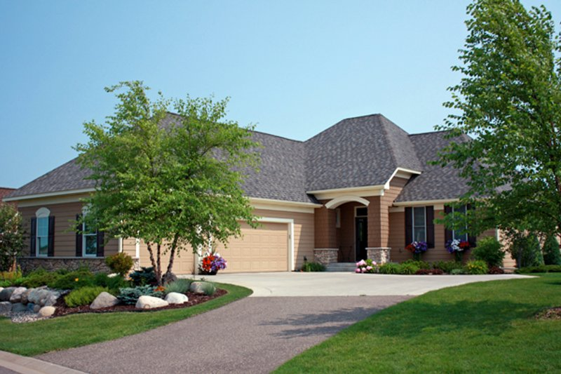 European Style House Plan - 3 Beds 2.5 Baths 2868 Sq/Ft Plan #51-432 Exterior - Front Elevation