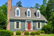 Colonial Style House Plan - 3 Beds 3 Baths 2441 Sq/Ft Plan #137-204 Exterior - Front Elevation