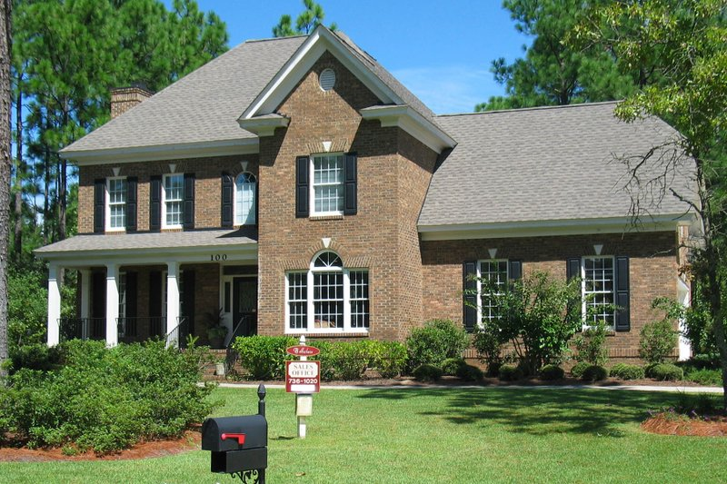 Dream House Plan - Traditional Exterior - Front Elevation Plan #1054-55