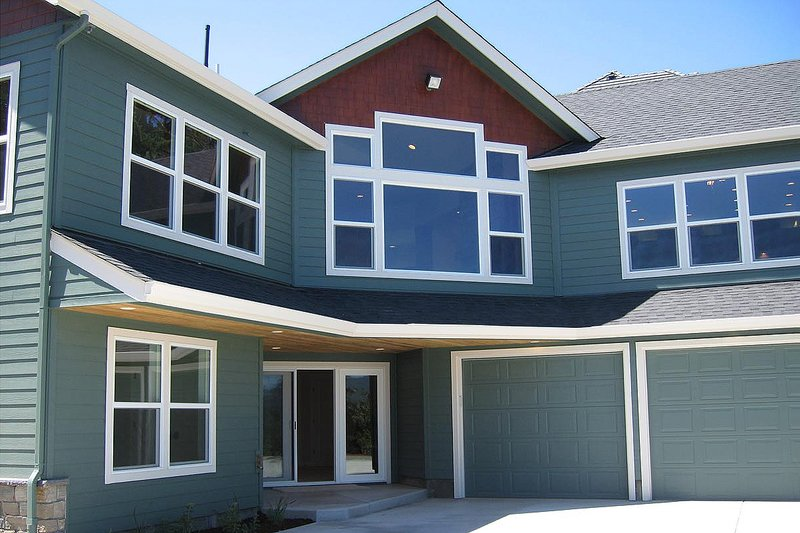 Craftsman Exterior - Rear Elevation Plan #124-622 - Houseplans.com