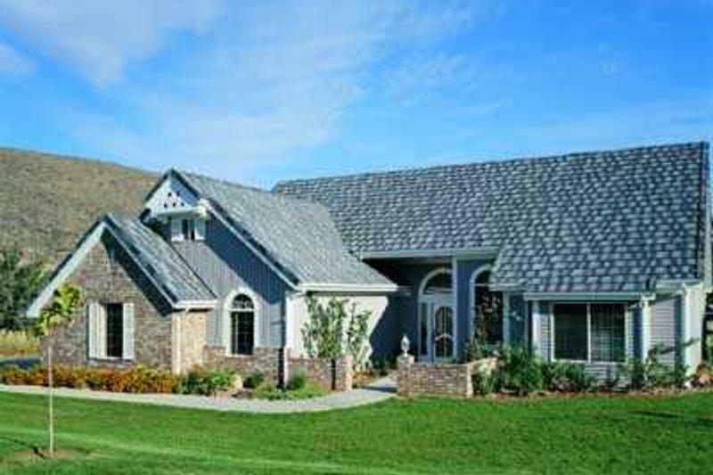 Exterior - Front Elevation Plan #72-134 - Houseplans.com