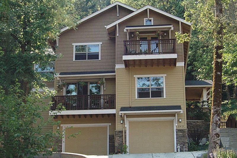 Craftsman Exterior - Front Elevation Plan #124-549 - Houseplans.com