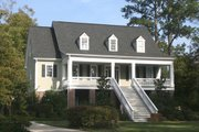 Southern Style House Plan - 4 Beds 3 Baths 2071 Sq/Ft Plan #137-110 Exterior - Front Elevation