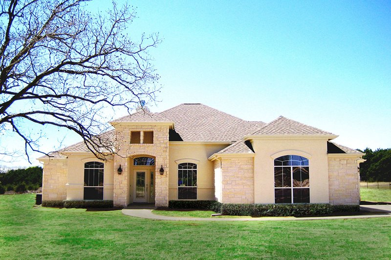 Country Style House Plan - 4 Beds 3.5 Baths 2591 Sq/Ft Plan #472-438