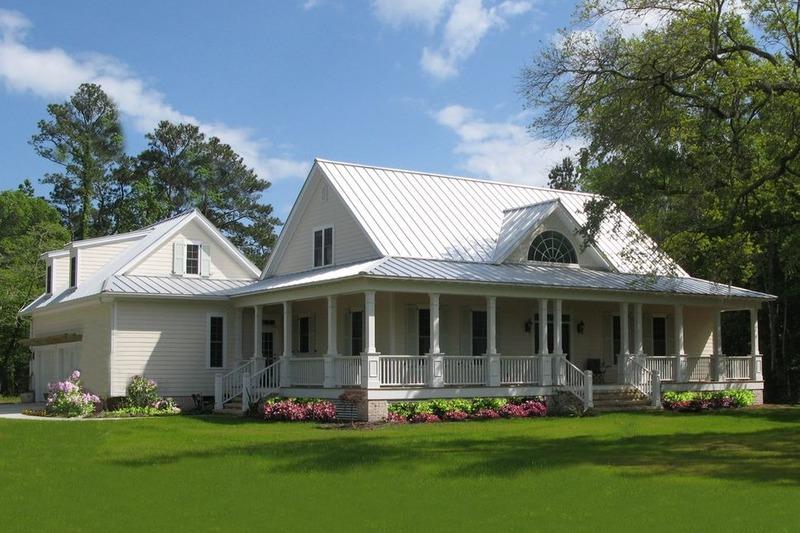 Farmhouse Exterior - Front Elevation Plan #137-252 - Houseplans.com