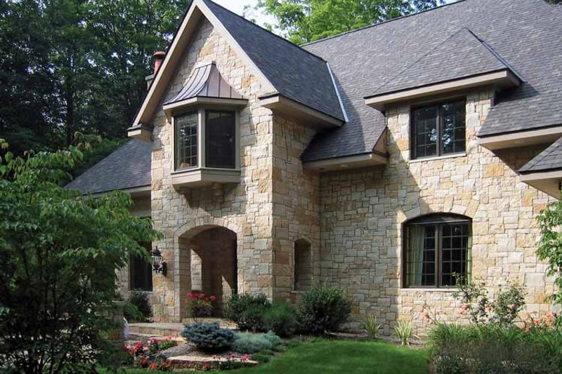 House Plan Design - Country Exterior - Front Elevation Plan #928-114